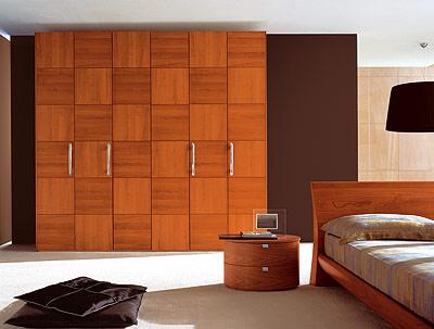 Крпусная мебель из натурального шпона